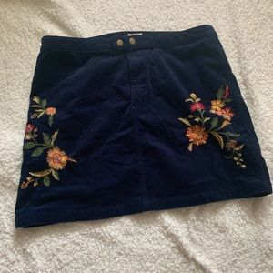 Embroidered corduroy skirt